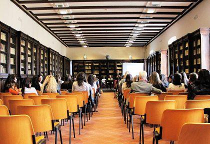 Semináre, konferencie, školenia