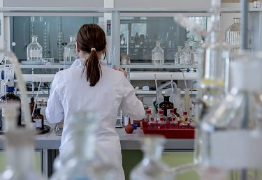 Školenie pre malé a stredné podniky v oblasti chemickej legislatívy