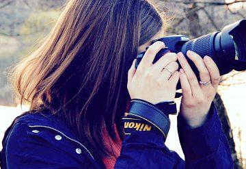 Zima verzus jar hľadáčikom fotoaparátu