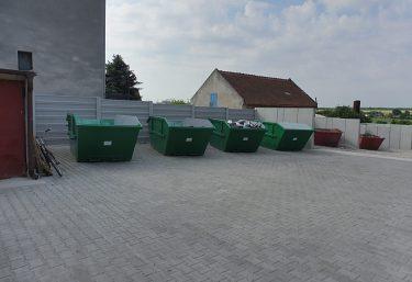 Zberný dvor v obci Bohdanovce nad Trnavou