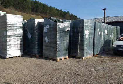 Nákupom kompostérov k zhodnocovaniu zeleného odpadu v obci Teplička nad Váhom