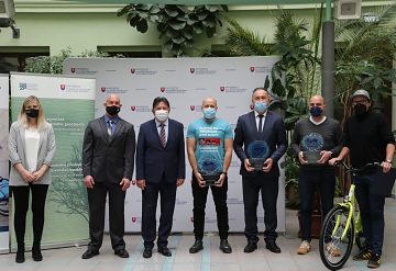 Víťazmi národnej súťaže o Cenu Európskeho týždňa mobility sú obec Ivanka pri Dunaji, mesto Trnava a iniciatíva Ružomberok bajkom